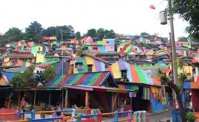 kampung pelangi indonesia (1)