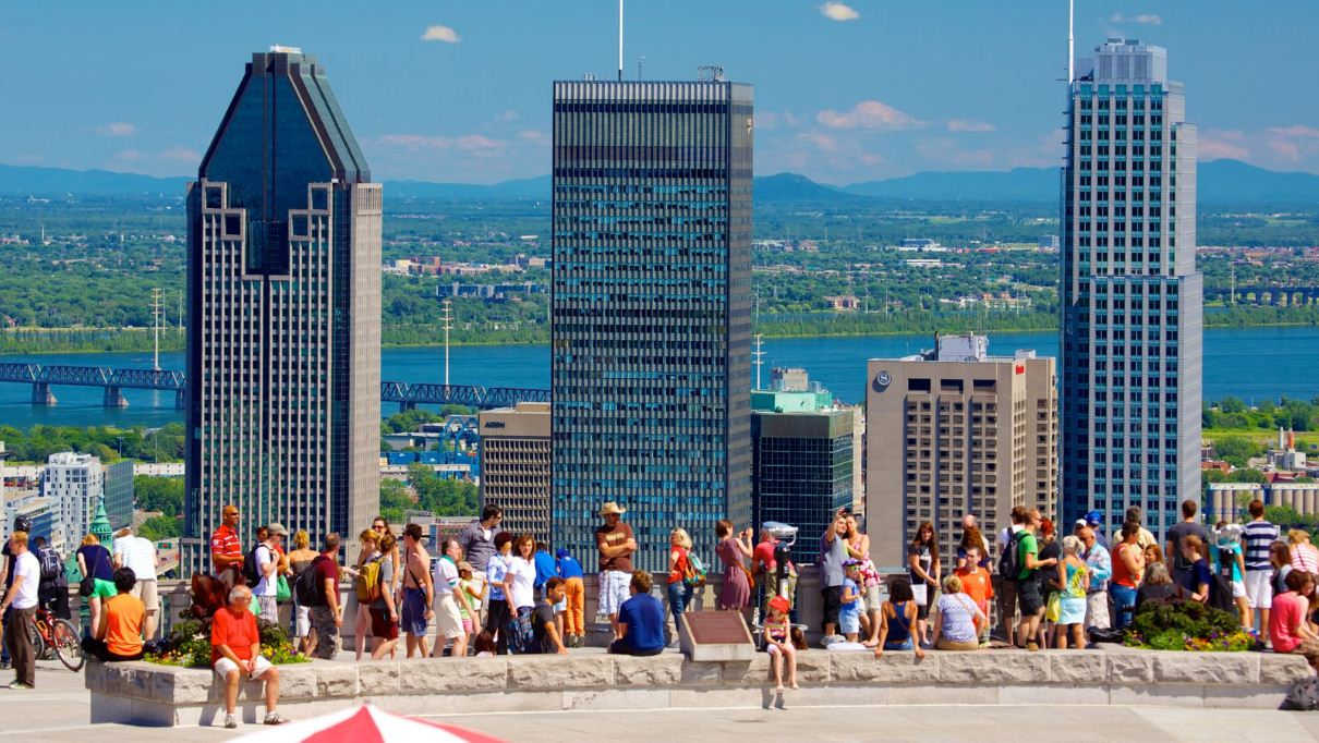 mount royal park 2. Image of Montreal travel blog