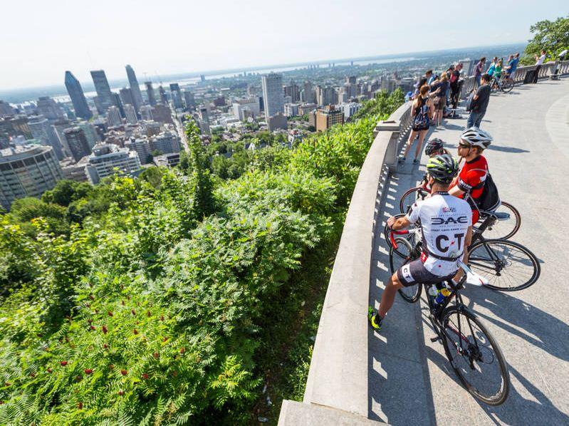 mount royal park. Image of Montreal travel blog