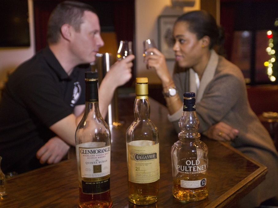 whiskey montreal bar 2