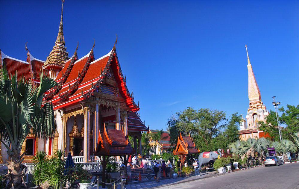 Wat Chalong Temple. image of phuket travel blog