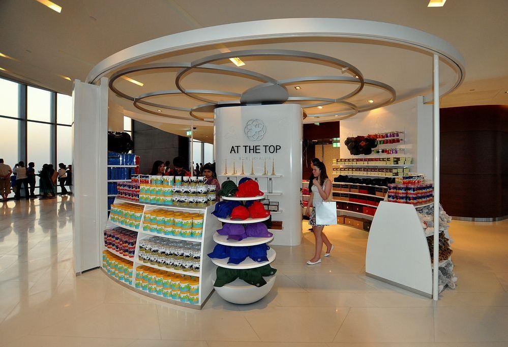 burj khalifa gift shop (1)