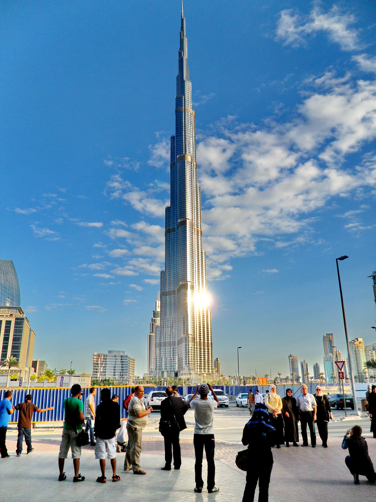 Burji Khalifa tower at dawn