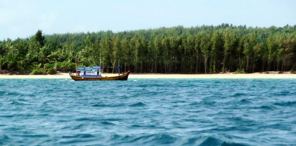 trieu duong beach phu quy island 3