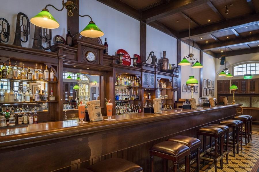Long Bar, Raffles Hotel, Singapore