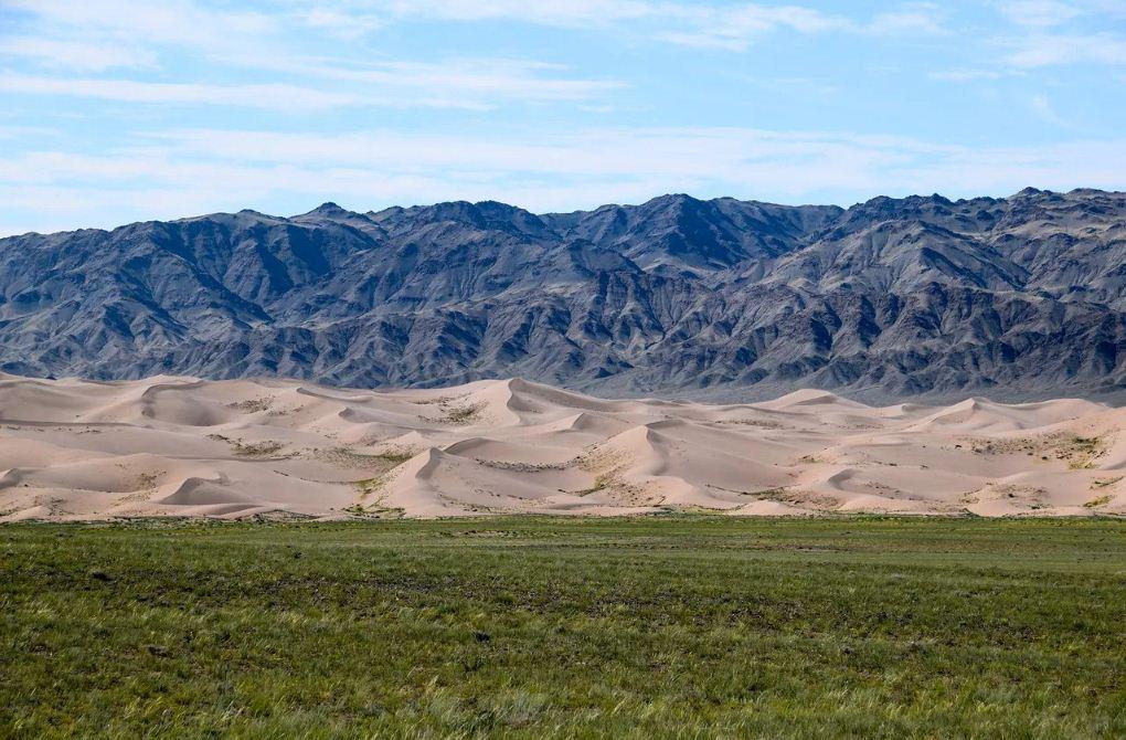 gobi desert 24. Image of Mongolia travel blog.