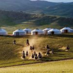 Mongolia travel blog — Explore the life of Mongolian nomads in the heart of Gobi desert
