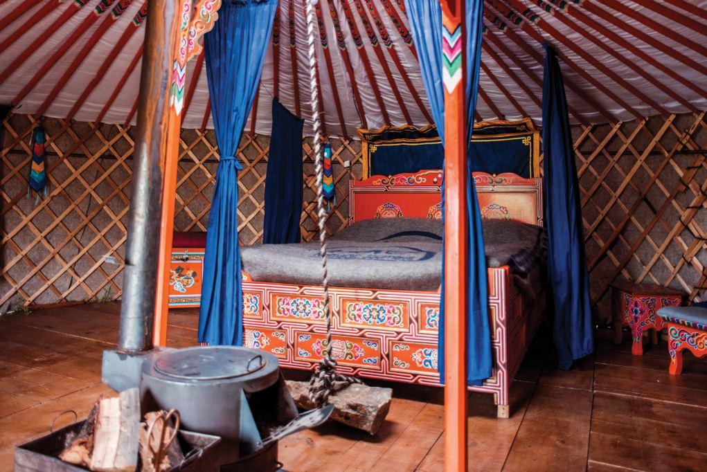 Mongolian Yurts. Image of Mongoglia travel blog.