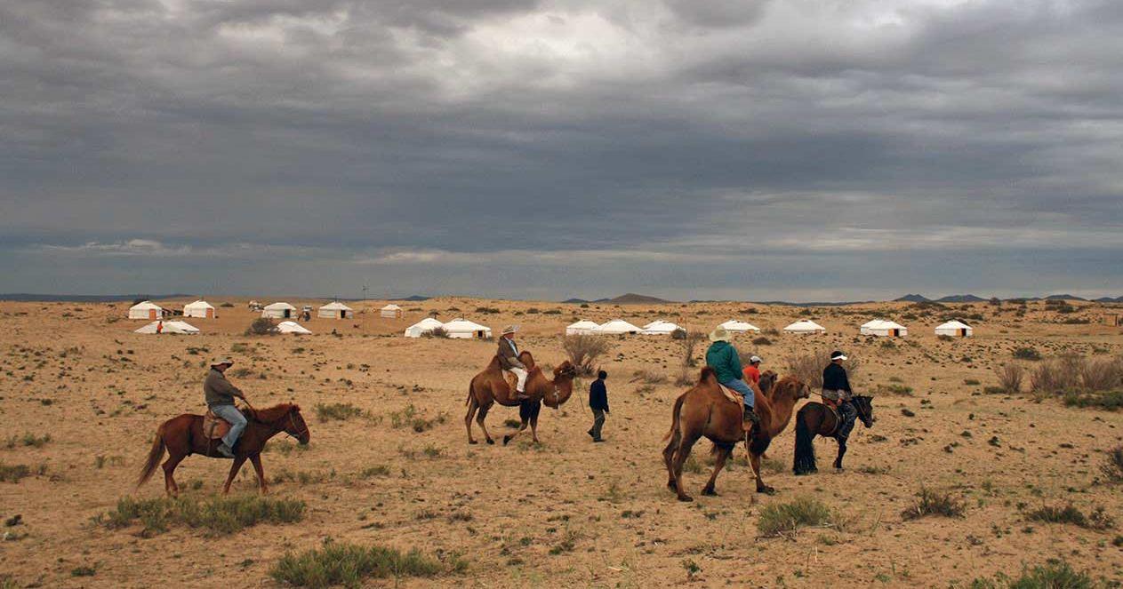 riding gobi desert 2