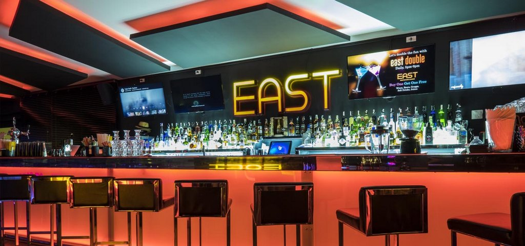 East Rooftop Bar at G Hua Hin Resort-thailand-best place to visit in thailand2. Image of Hua Hin nightlife blog