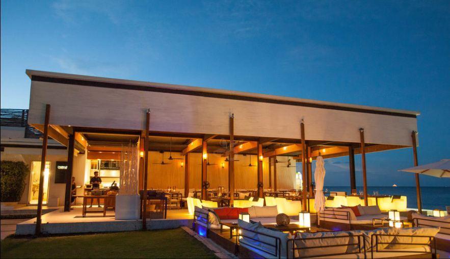 Oceanside Beach Bar – Hilton Hua Hin Resort-thailand-best place to visit in thailand2