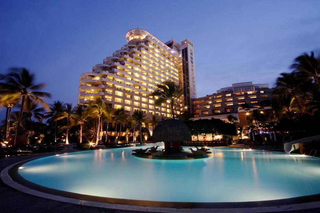White Lotus Skybar – Hilton Hua Hin Resort-thailand-best place to visit in thailand1