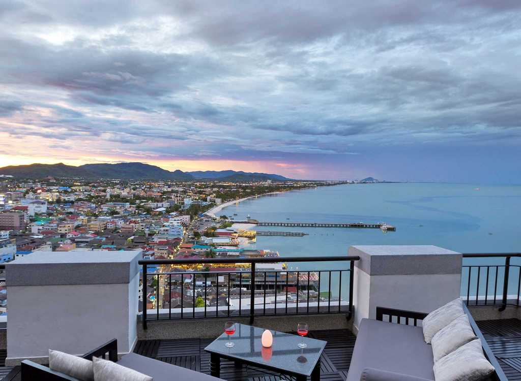 White Lotus Skybar – Hilton Hua Hin Resort-thailand-best place to visit in thailand2