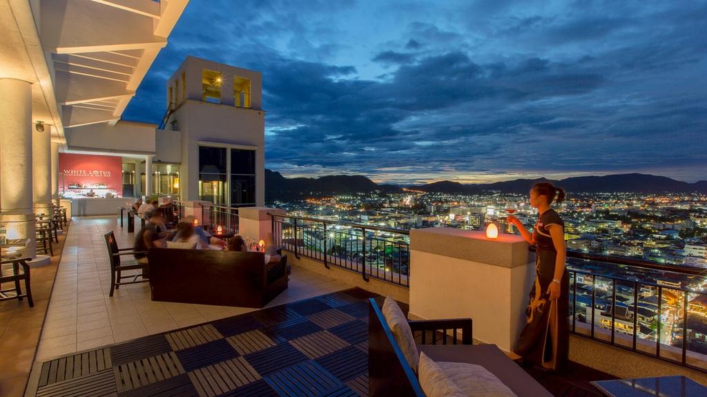 White Lotus Skybar – Hilton Hua Hin Resort-thailand-best place to visit in thailand3