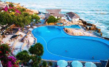 Rock Water Bay beach resort and spa phan thiet (1)