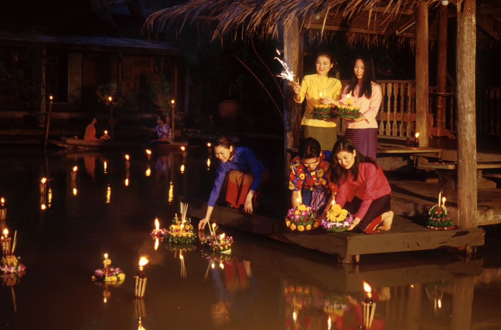 44loy krathong festival chiang mai thailand (20)