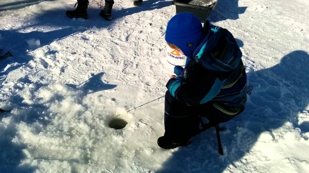 ice fishing quebec winter carnival 2017 schedule dates canada