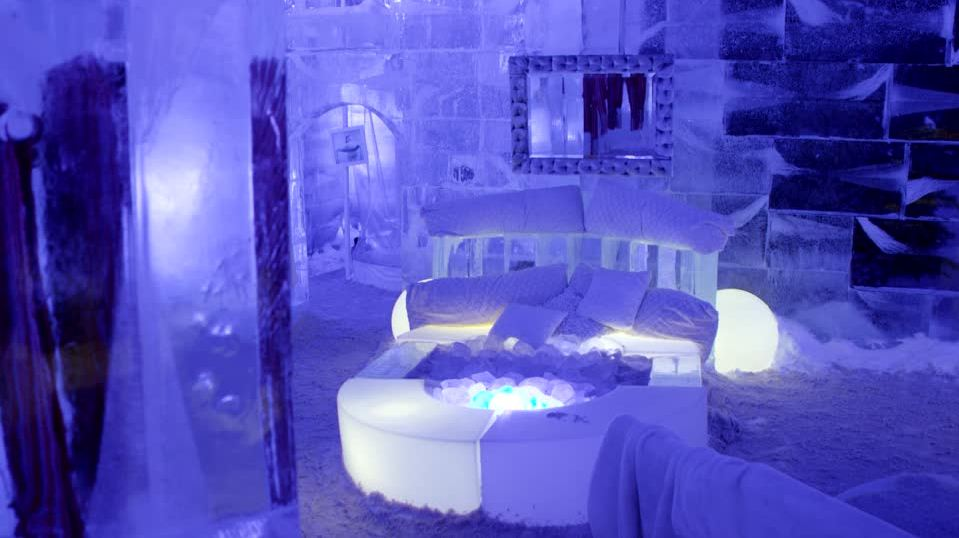 quebec winter carnival ice castle 23