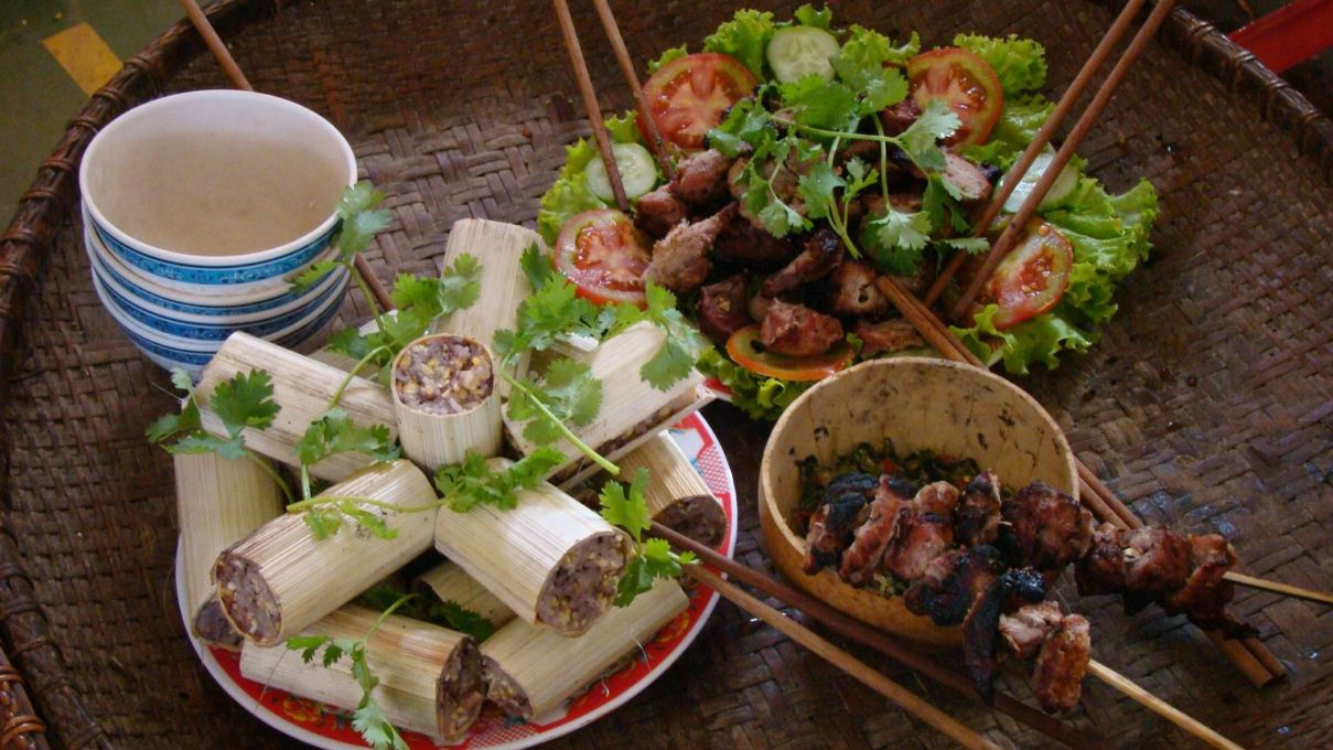 Com lam and pig meat grilled