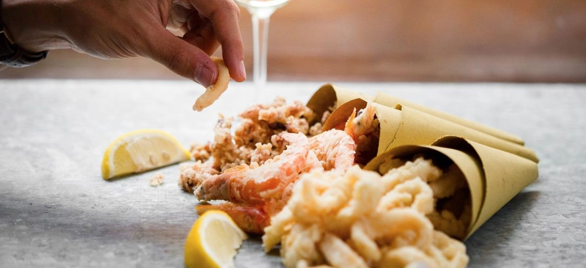 Pesce Fritto Al Cono street food around the world (1)