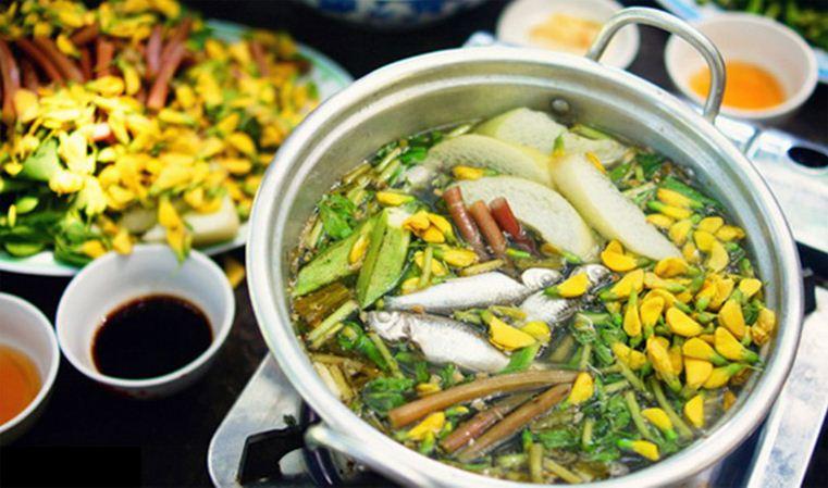 Linh fish hot pot with dien dien flowers