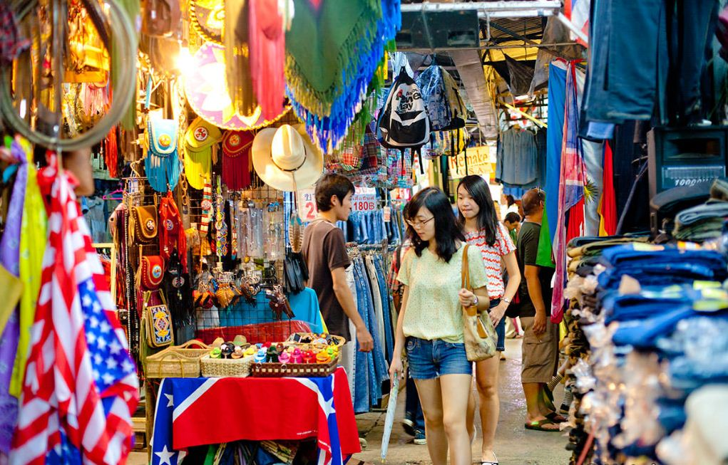 chatuchak weekend market (1) Image credit: best shopping markets in bangkok blog.