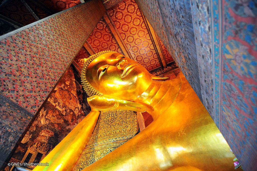 Wat Pho (Reclining Buddha Temple). One of the best places you must visit in Bangkok. grand palace and what phra kaew bangkok itinerary what to do in bangkok for 3 days (3)