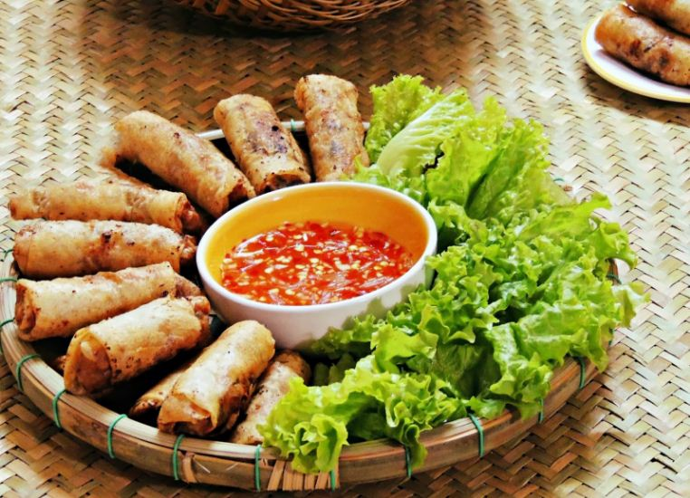 vietnamese fried spring rolls
