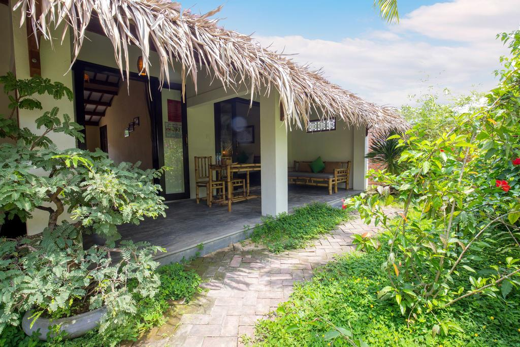 Red Flower Cottages Homestay- best homestay in hoi an-quang nam