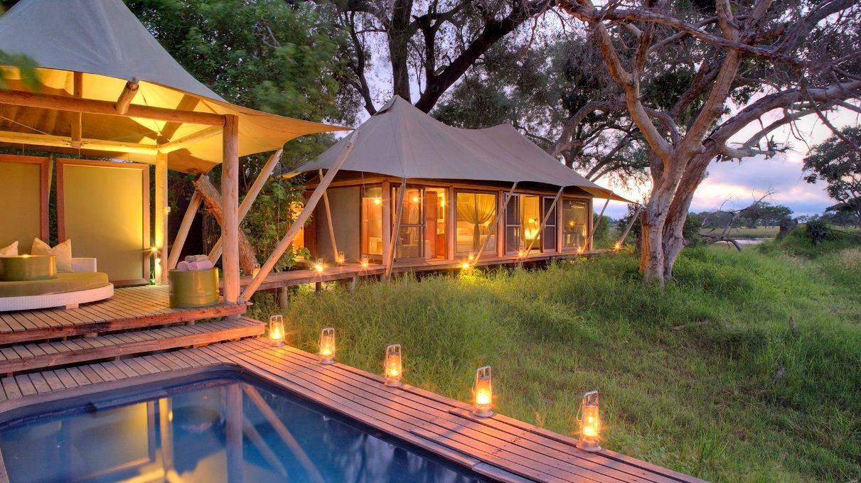 Delta treeline silhouttes at andBeyond Xaranna Okavango Delta Camp