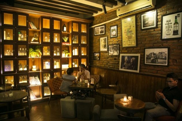 polite pub bar bao khanh hanoi best bars in hanoi (1)