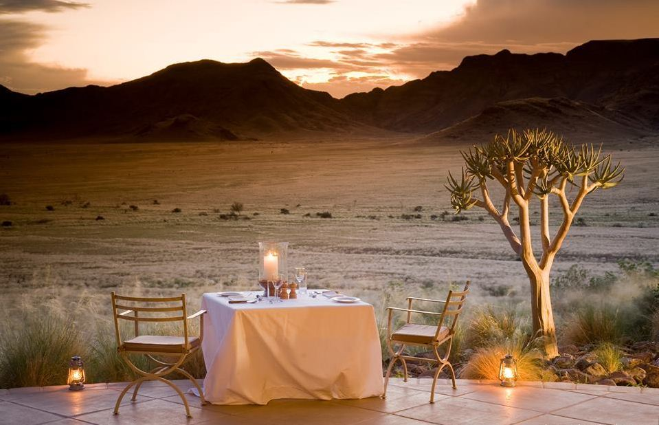 what is glamping luxury in tents (1)
