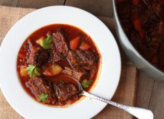 11hungarian goulash soup (1)