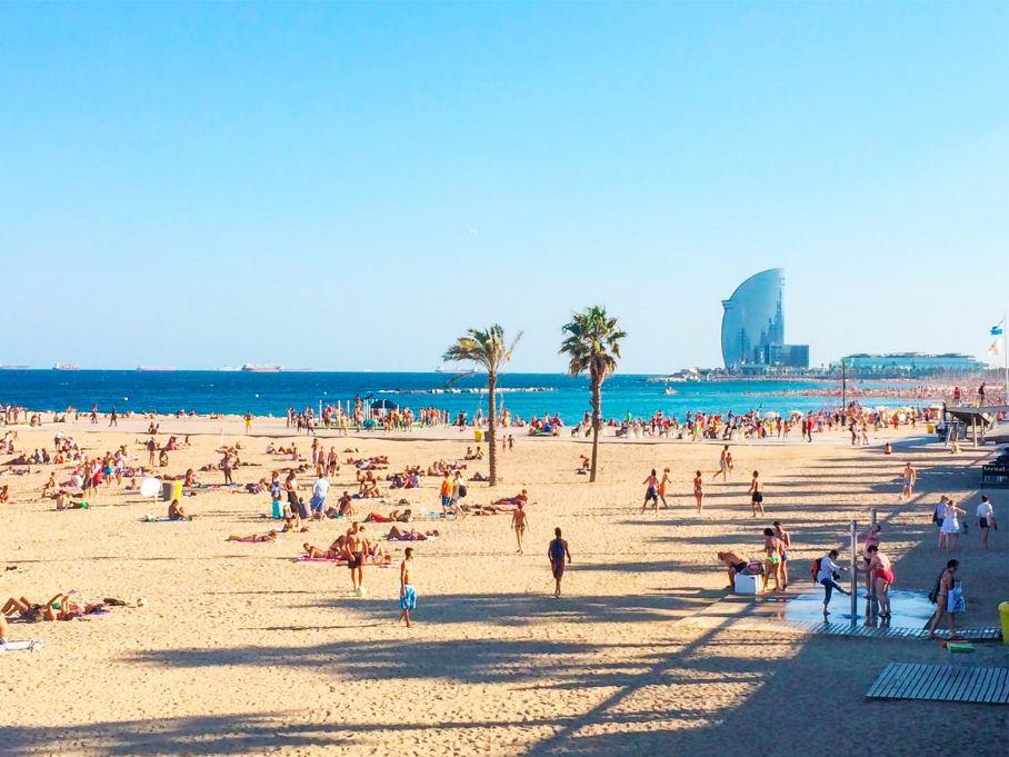 barceloneta beach barcelona trip blog barcelona travel blog