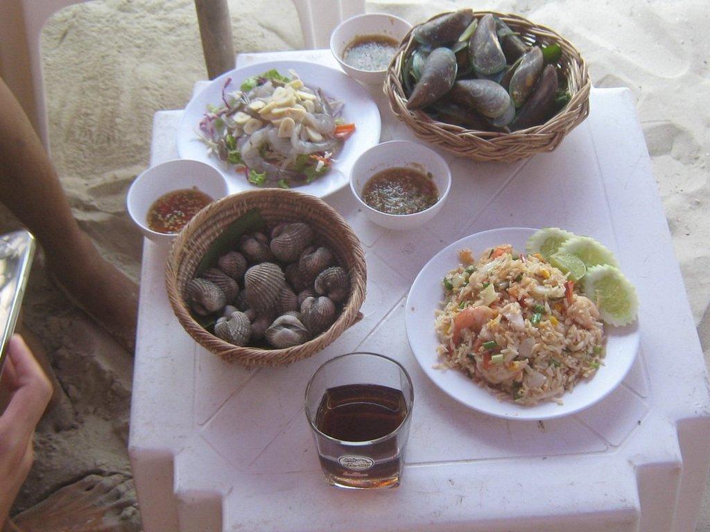 coral island-koh larn-thailand (2)