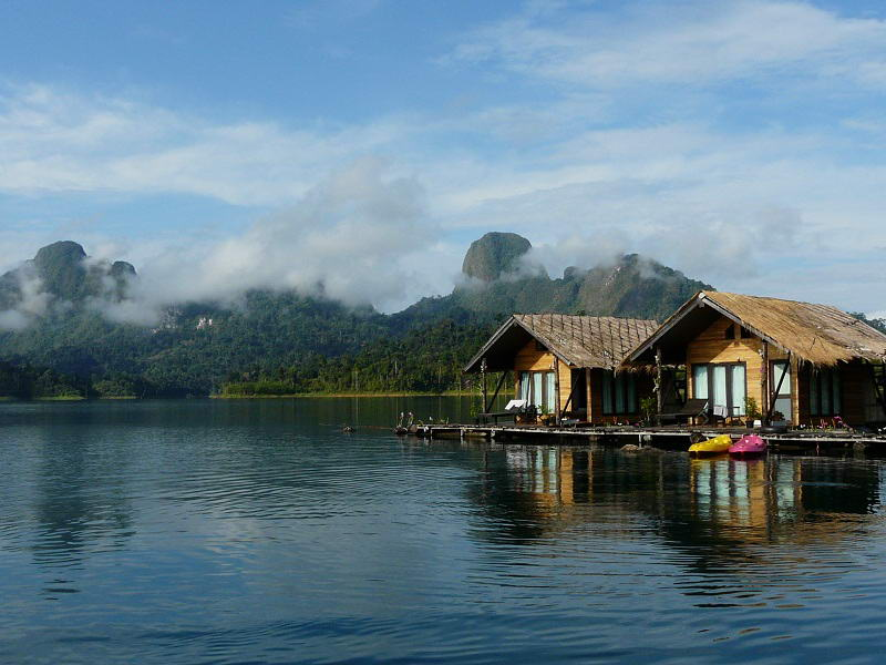 Khao-sok national park Floating houses in Khao Sok National Park