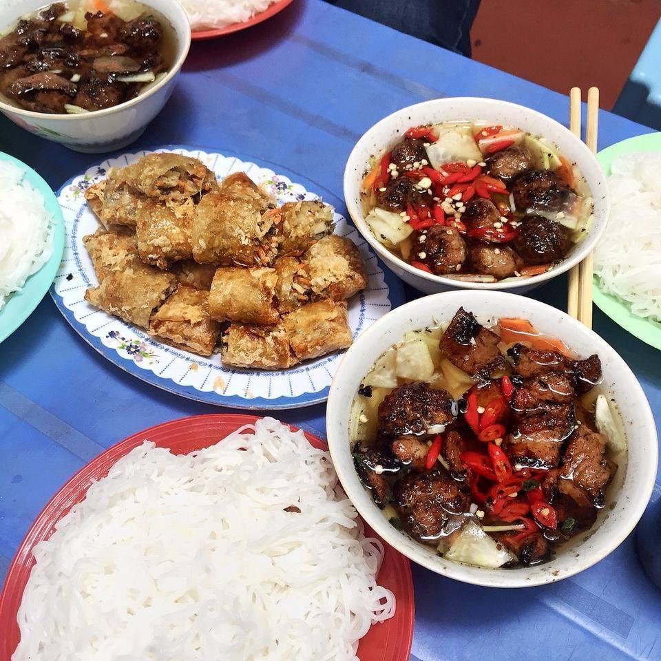 Bun Cha Hanoi hang quat-kebab rice noodle-bun cha-best kebab rice noodle in ha noi1