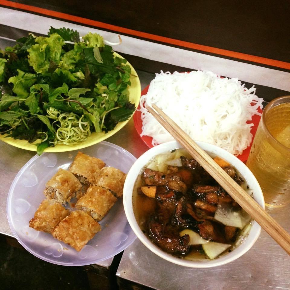 hang quat-kebab rice noodle-bun cha-best kebab rice noodle in ha noi5