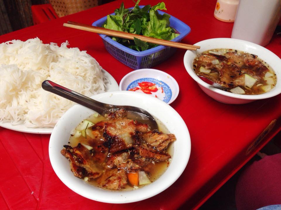 Bun Cha Hanoi nguyen bieu-kebab rice noodle-bun cha-best kebab rice noodle in ha noi