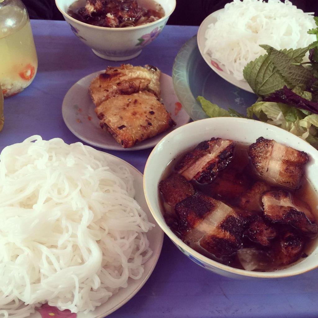 phat loc-kebab rice noodle-bun cha-best kebab rice noodle in ha noi
