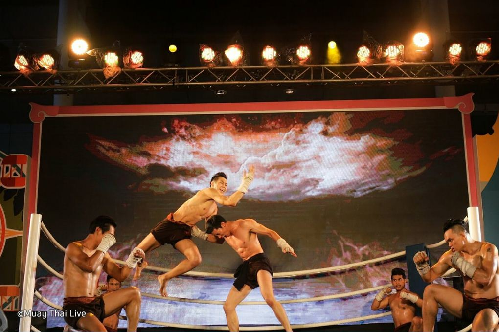 Muay Thai live show. One of the best live shows in Bangkok.