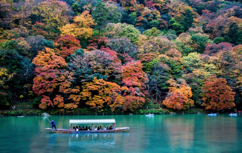 boat riding on Arashiyama kyoto 3