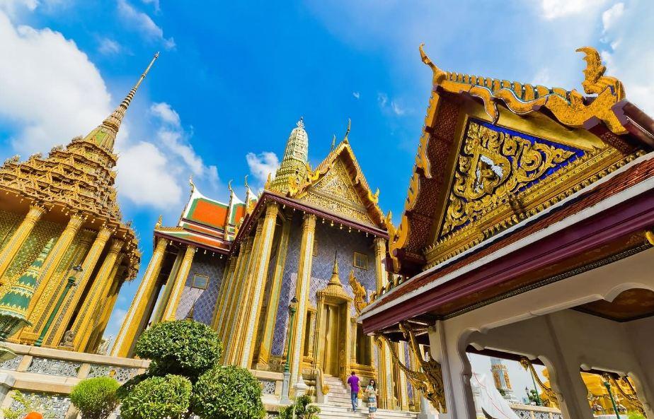 Grand Palace, Bangkok best places to visit in bangkok