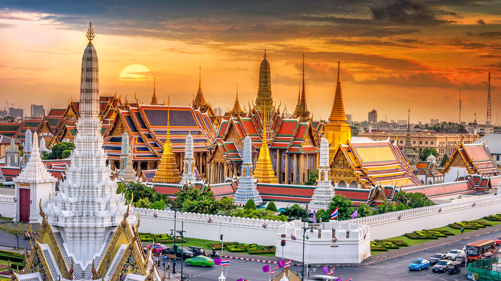 Grand palace, Bangkok.jpg bangkok 1 day itinerary, things to do in bangkok in 1 day, what to do in bangkok for 1 day