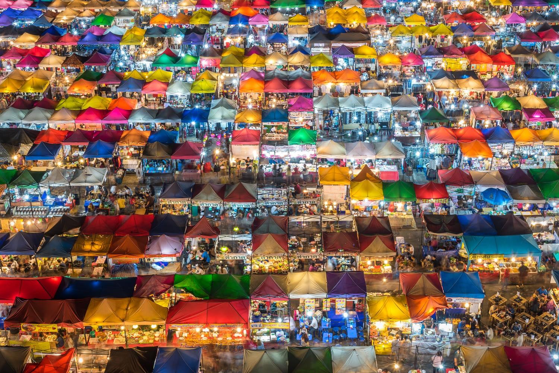 Rod Fai market, Bangkok