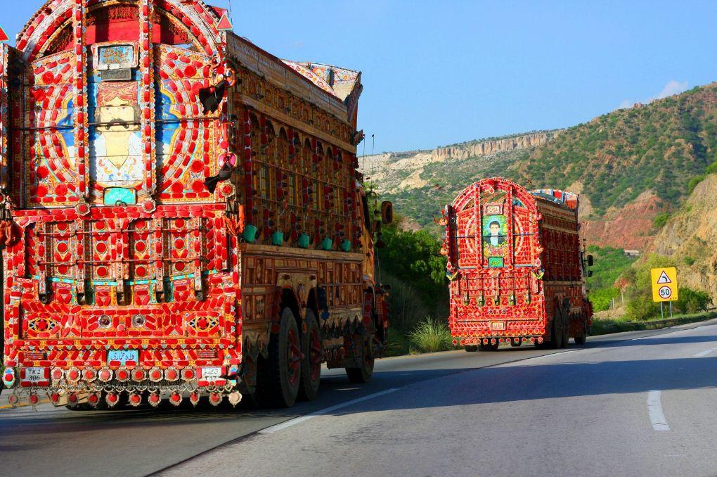 Truck art. Image of Pakistan travel blog