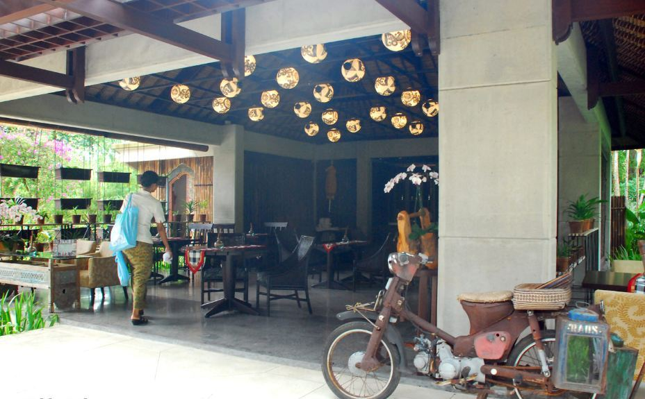 Orchid Tea Lounge -best-coffee-shops-in-bali2 best cafes in bali