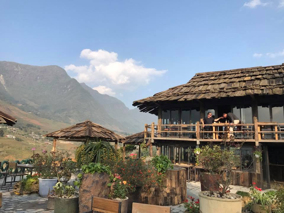 Lá Dao Spa-best-cafes-in-sapa4