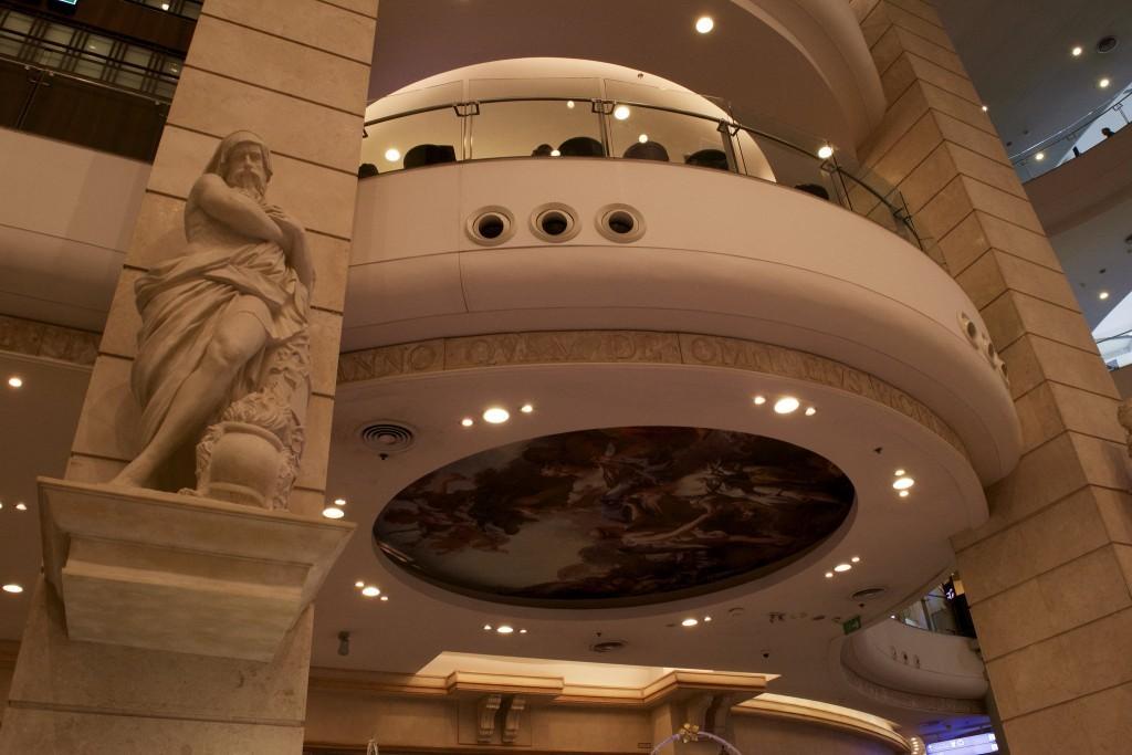 G-rome-floor-terminal-21-shopping-mall-bangkok