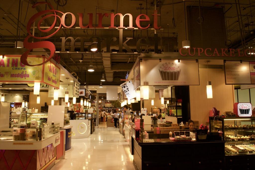 LG-Gourmet Market-terminal 21-shopping-center